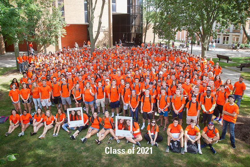 Largest freshman class brings high-achieving students