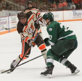hockey-vs-bemidji-n4v8124.jpg