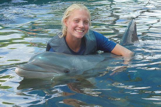 Student Stephanie Maiorano lived the aloha dream through her summer internship