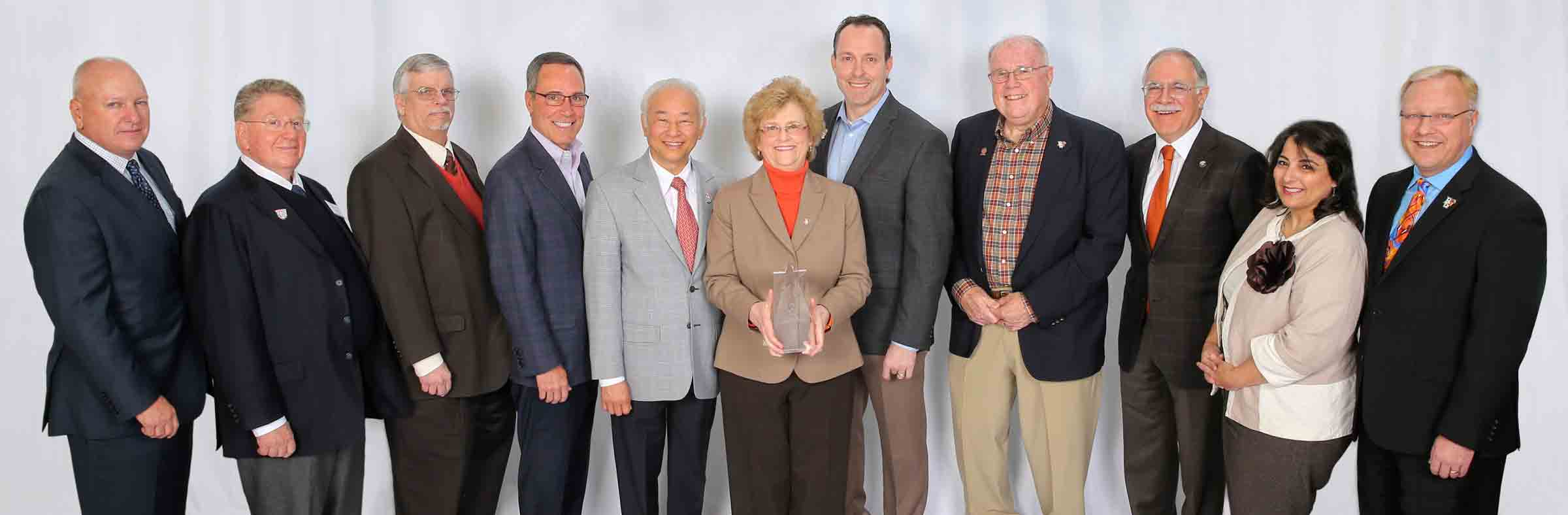 Congratulations to the 10 outstanding recipients of the College Alumni Award!