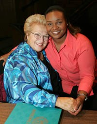 Marilyn Horne (left) and Kisma Jordan (right)
