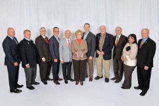 10 alumni honored at College Alumni Awards event