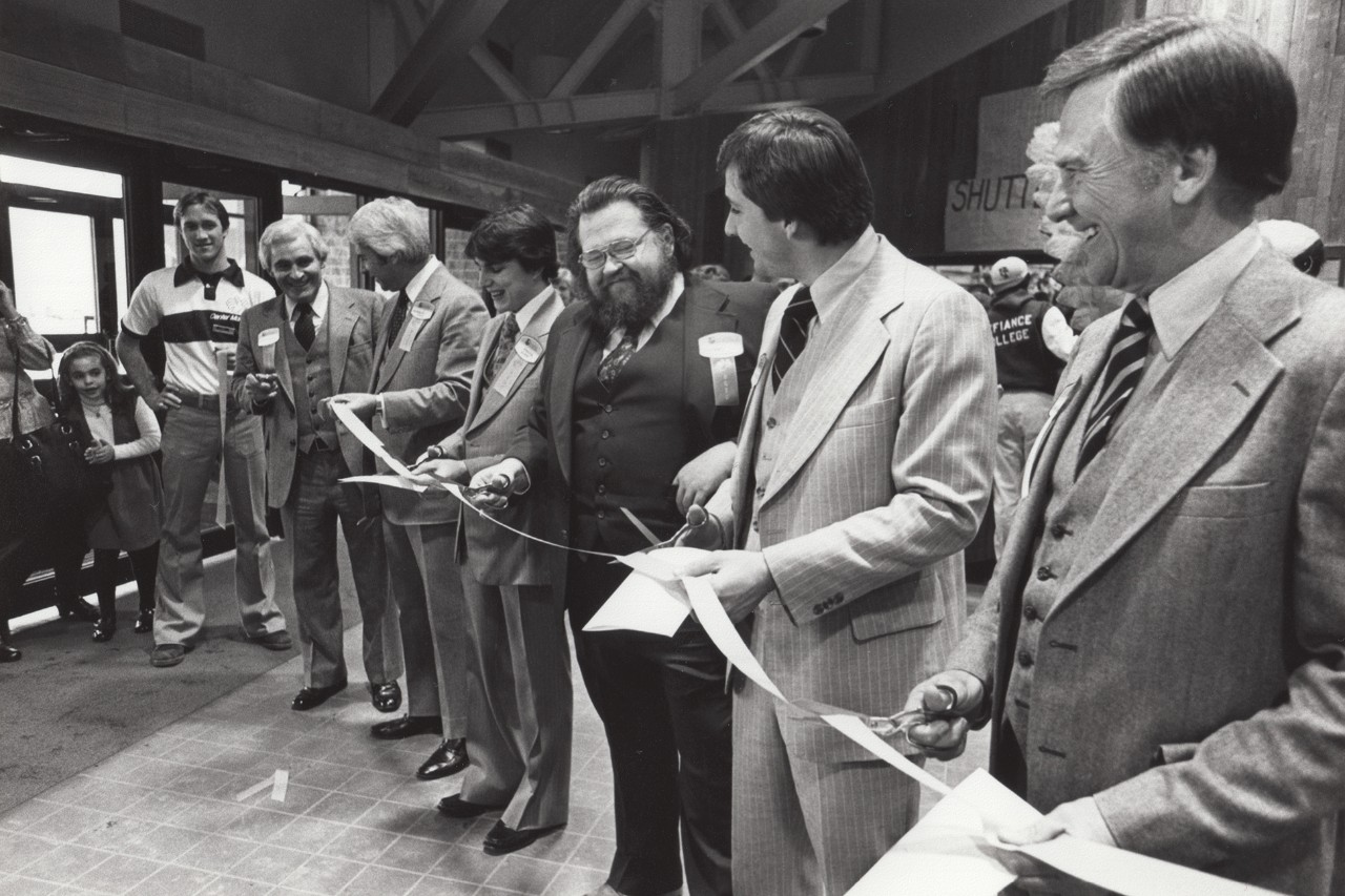1978-Ribbon-Cutting-crop