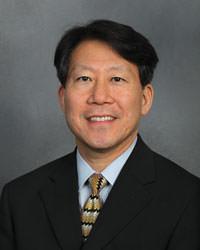 Dr.Sung Bae