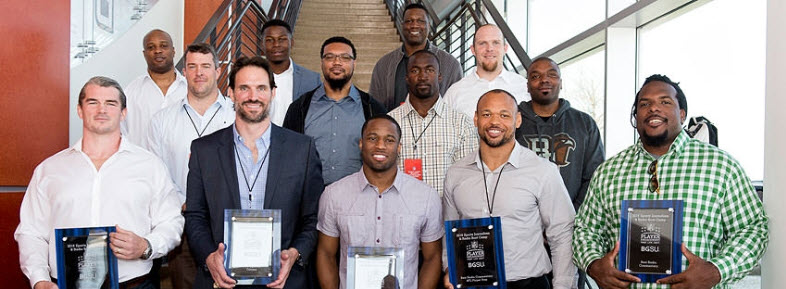 Boot Camp Trains NFL Players in Journalism