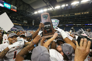 BGSU Falcons win the 2015 Marathon Mid-American Conference Championship Game at Ford Field in Detroit, Mich. The 2015 conference title is the second MAC Championship over the last three years for the Falcons and is the 12th MAC Championship in school history.