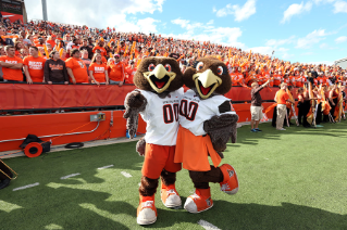 Freddie and Frieda Falcon at The Doyt for the start of the 2015 football season.