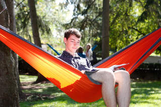 BGSU students take advantage of sunny days to study outside.