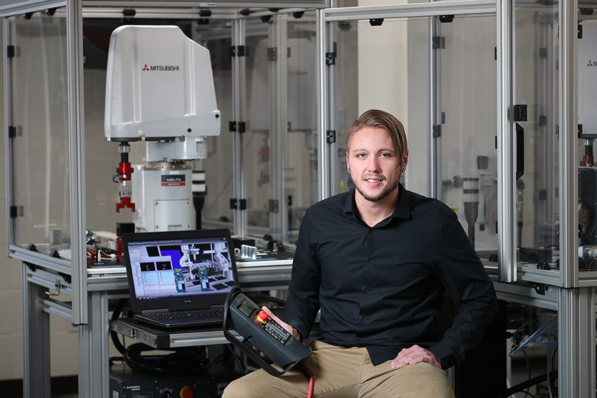 BGSU's mechatronics program produces first graduate
