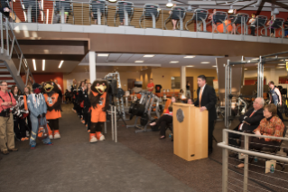 SRC-RibbonCutting-2015-101.jpg