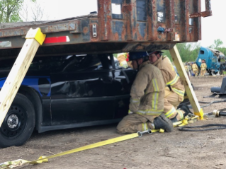 Heavy-Rescue-Car.jpg