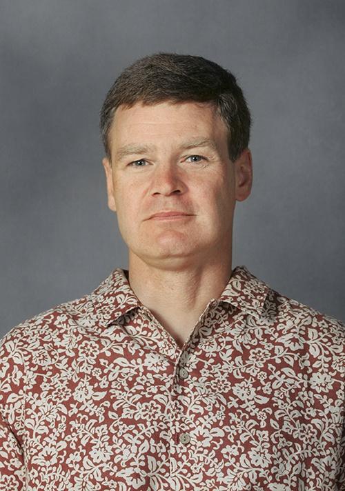 D.r Neil A. Englehart